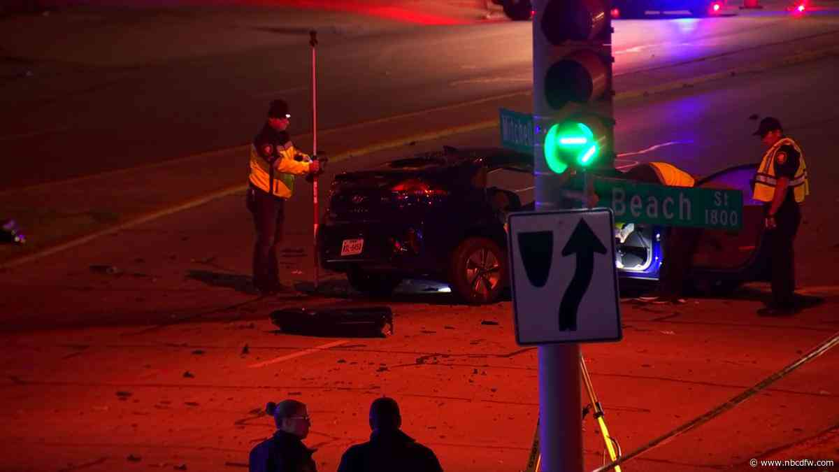 Woman Killed In Fort Worth Crash, 4 Others Injured: Police