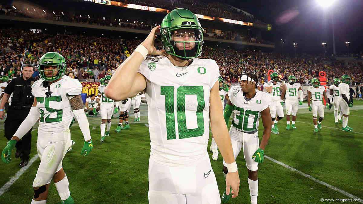 Coaches Poll Top 25: Oregon jumps to No. 6, Baylor falls to No. 8 in college football rankings