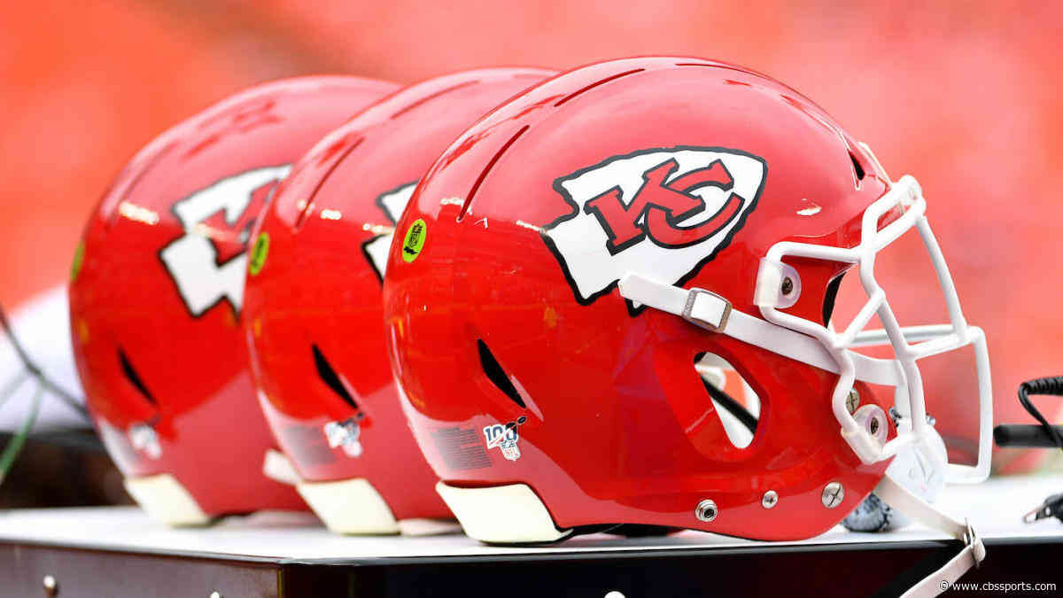 Chiefs equipment for Week 14 showdown with Patriots reportedly shipped to New Jersey by mistake
