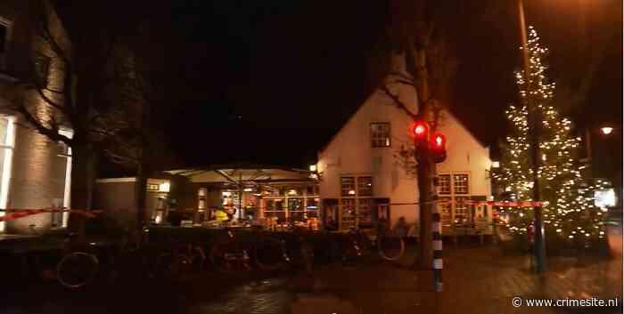 Politie schiet man neer tijdens vechtpartij bij café in Laren