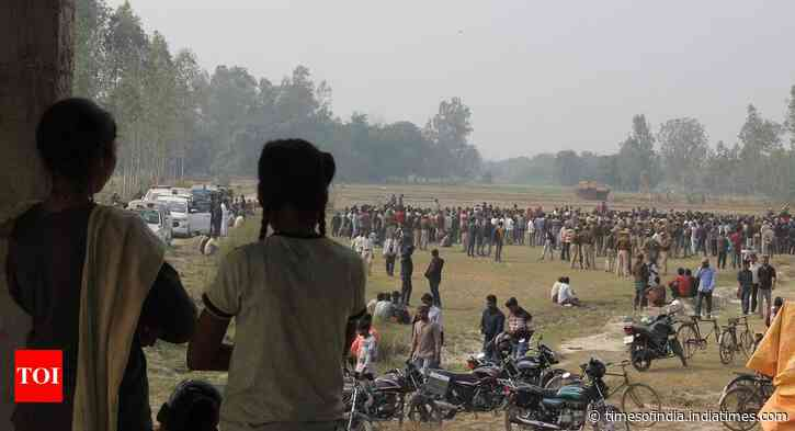 Unnao's beti buried amid high security; village tense