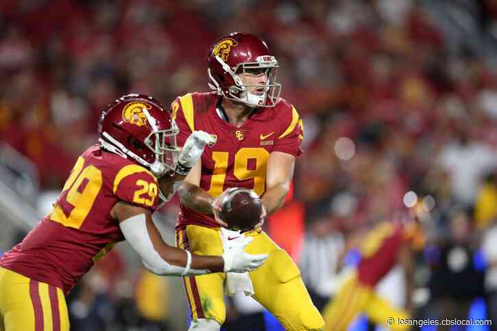 USC To Face Iowa In Holiday Bowl December 27, Wisconsin And Oregon Set As Rose Bowl Teams