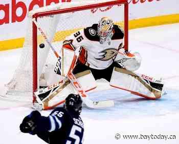 Mark Scheifele scores twice to lead Winnipeg Jets past Anaheim Ducks 3-2