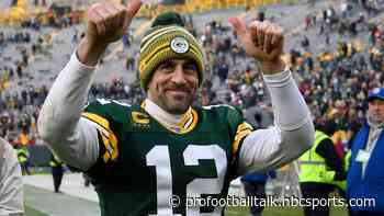 Aaron Rodgers not worried about offense finding rhythm