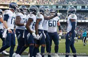 Titans win fourth in a row to pull even with Texans atop division