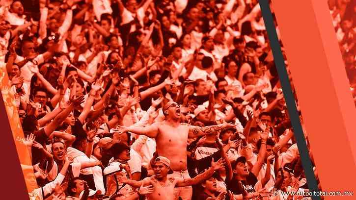 Se presentó conato de bronca en el estadio Azteca