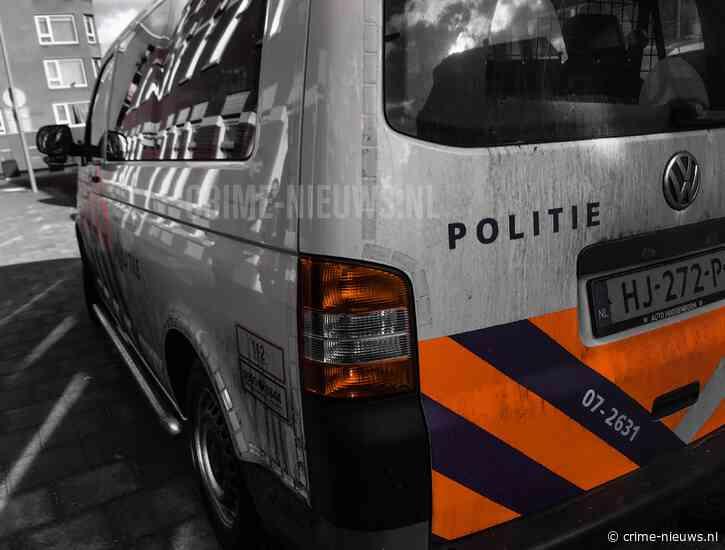 Verdachten op de vlucht met buit springen in ijskoude sloot na snelkraak in Breda