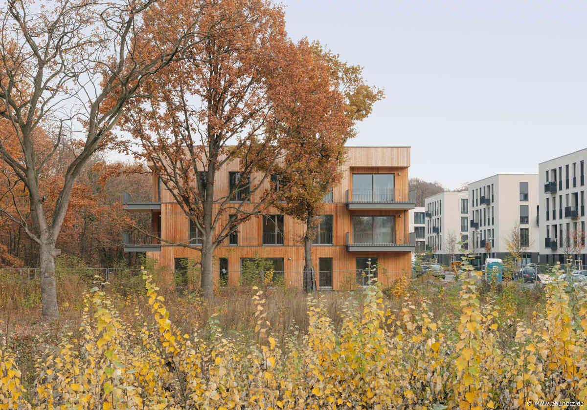 Am Waldpark in Potsdam  - Holzhaus von Scharabi Architekten
