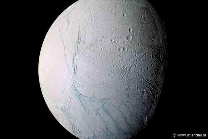 Het blijkt puur toeval te zijn dat de zuidpool van Enceladus 'tijgerstrepen' bezit