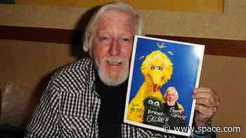 Caroll Spinney, Big Bird on 'Sesame Street' Who Once Considered a Shuttle Flight, Dies at 85