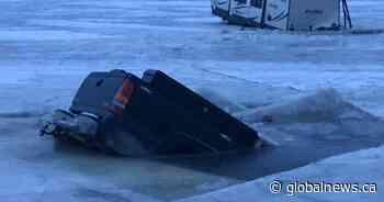 'It isn't safe yet': Trucks fall through the ice on Lake Winnipeg