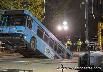 Sinkhole bus returns to service, but road remains closed in Downtown Pittsburgh