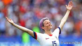 U.S. soccer star Megan Rapinoe becomes 4th woman to win SI's Sportsperson of the Year