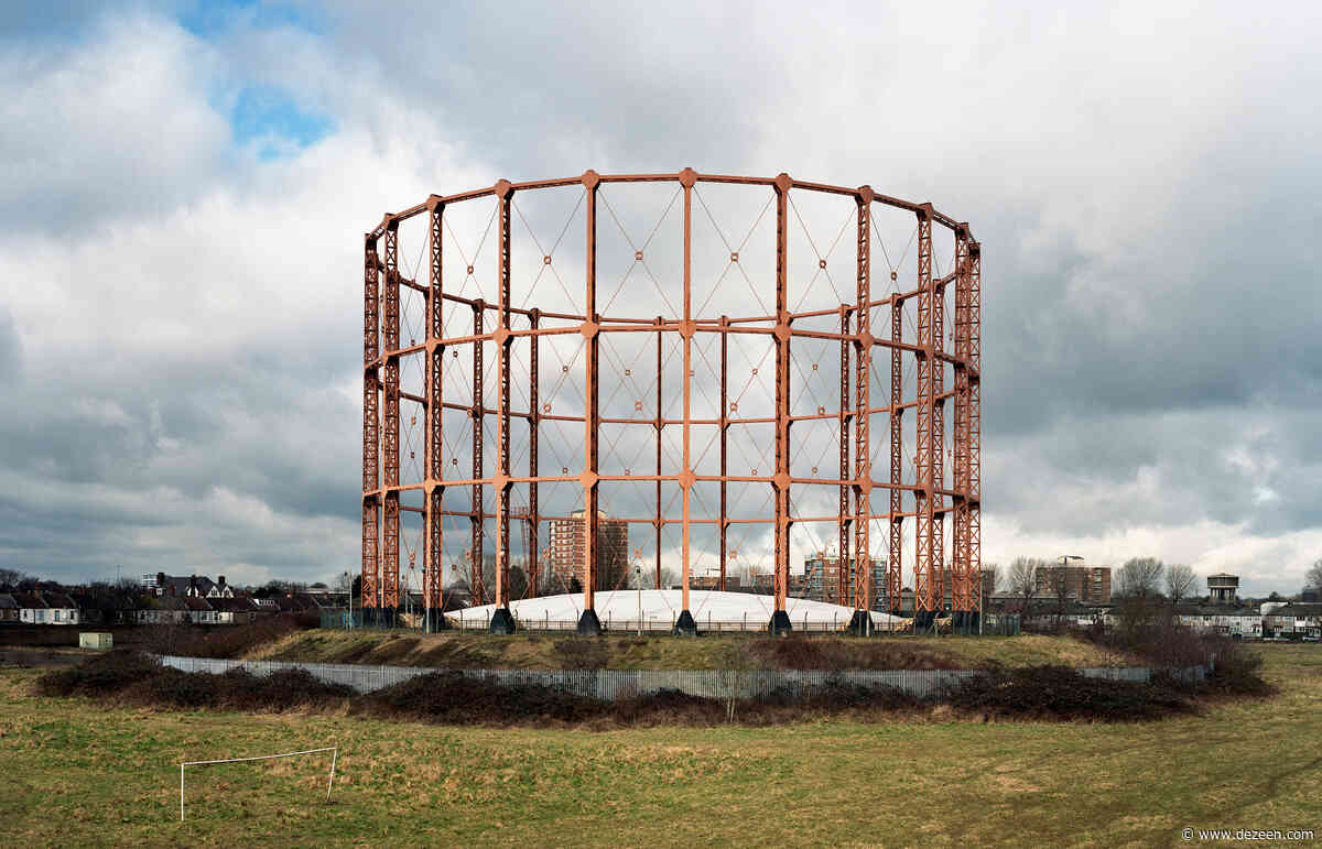 Richard Chivers photographs England's remaining gas holders