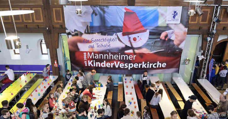 Mannheim:  RNZ-Mitarbeiter Volker Endres half bei der Kindervesperkirche