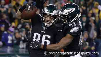 Injuries forced Zach Ertz to play receiver role late against Giants