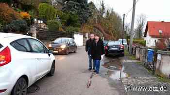 Neuwöllnitzer trauen sich kaum auf ihre Straße