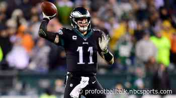 """Carson Wentz told offense to """"keep believing"""" down 17-3"""
