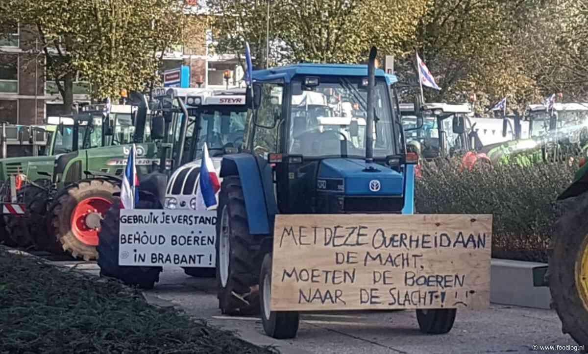 Strijders Farmers Defence Force roepen op tot massaal verzet tegen de regering op 18 december