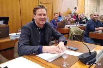 Wouter Allijns vervangt Tiene Castelein als voorzitter van Kortrijkse gemeenteraad