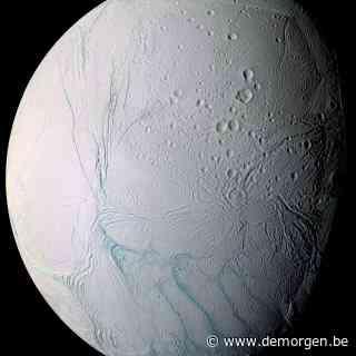 Nieuwe theorie verklaart mysterieuze tijgerstrepen op ijsmaan Enceladus