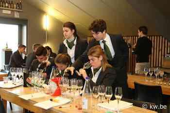 Jonge sommeliers in spe proeven en selecteren Sommelierblend 2019