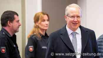 Hannovers Ex-Oberbürgermeister weist Vorwürfe zurück