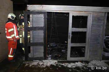 Tuinhuis in Gullegem zwaar beschadigd na brand