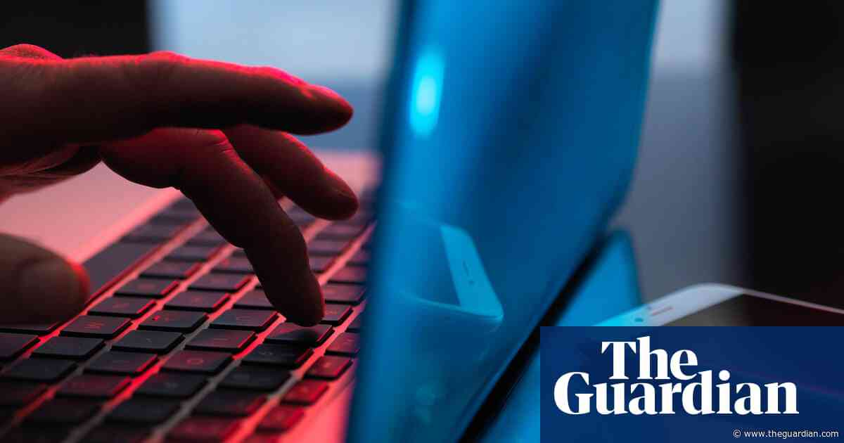Coalition outlines plan to pressure internet giants over cyberbullying