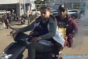 GEZOCHT: Deze twee mannen na zware mishandeling