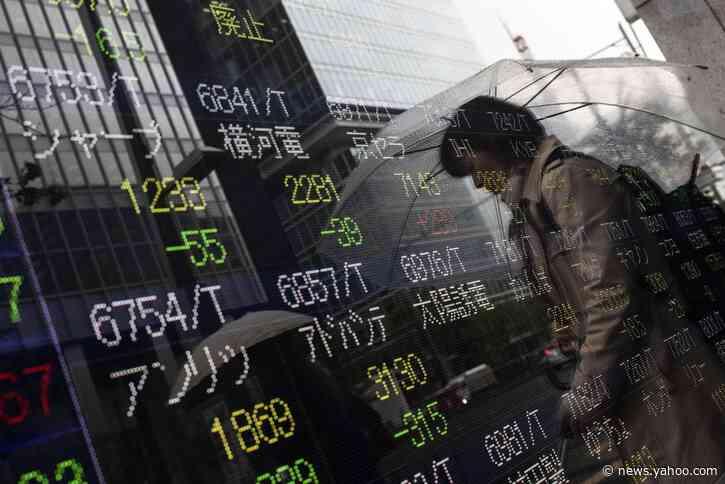 Stocks Drop With Bonds as Trade Deadline Looms: Markets Wrap
