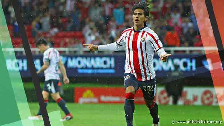 José Juan Macías; cuánto ganaba y cuánto ganará con Chivas