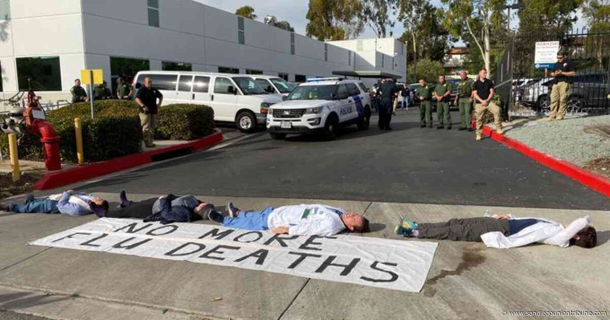 Federal authorities arrest 6 protesters, including doctors, outside Border Patrol building in Eastlake