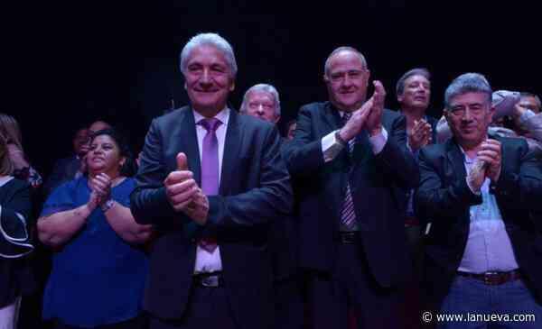 Con varios cambios en su gabinete, José Luis Zara asumió su segundo mandato en Patagones