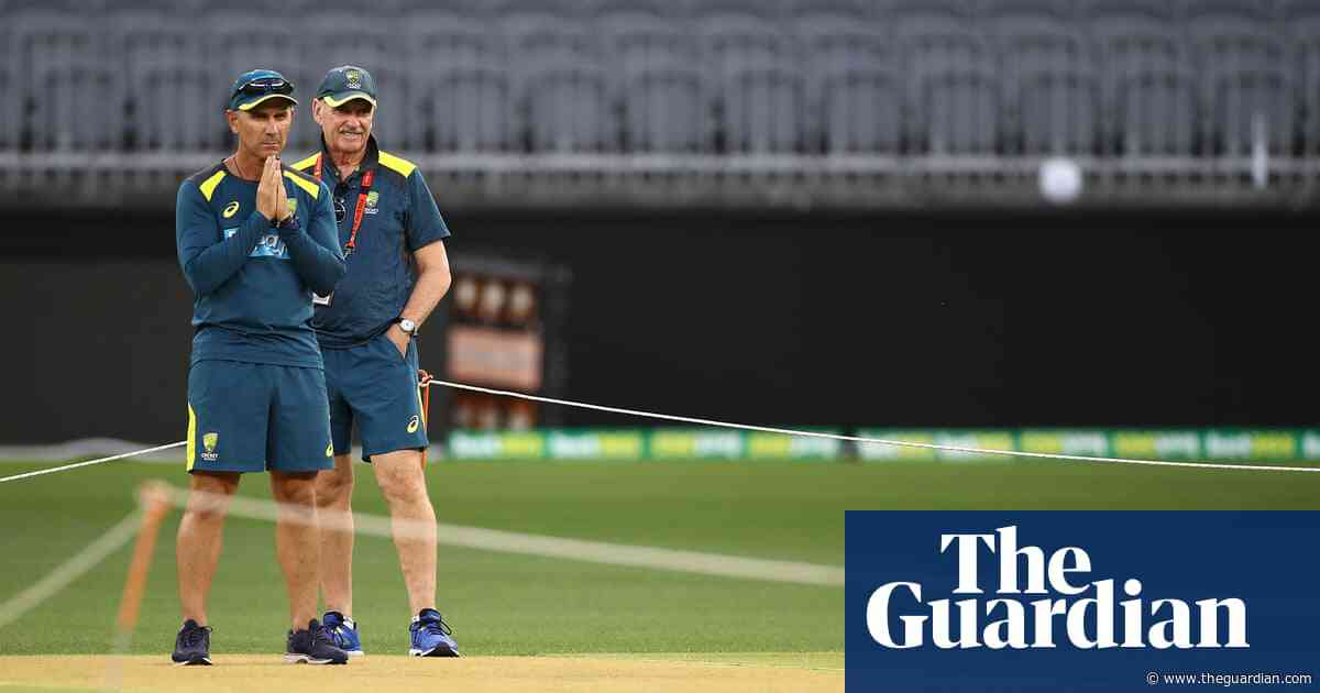 No 'canyons' but lots of cracks for first Test between Australia and New Zealand