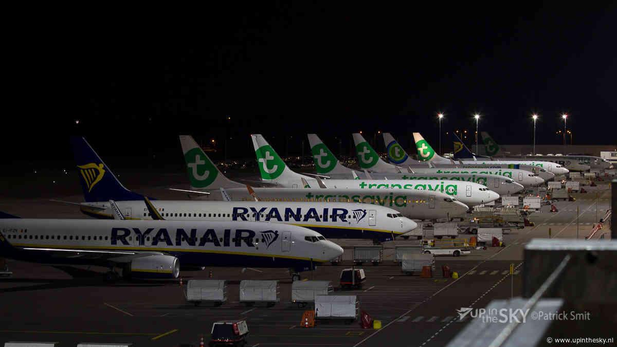 Landing in Eindhoven in het donker | video
