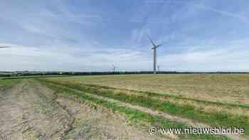 """Geen vergunning voor windmolenpark: """"En dat moeten we via Facebook vernemen"""""""