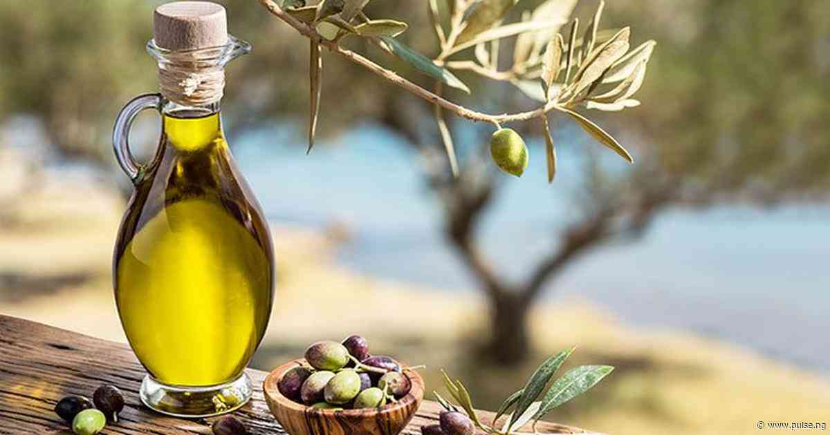 Olive oil offers some beauty benefits you never knew about