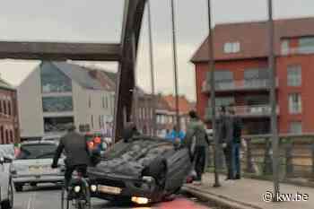 Spectaculair ongeval op Lauwebrug