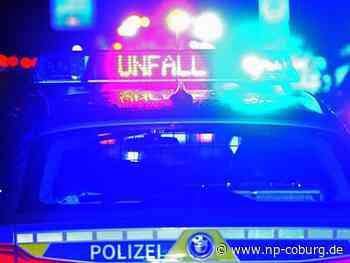 Frau gerät in Gegenverkehr: Drei Verletzte