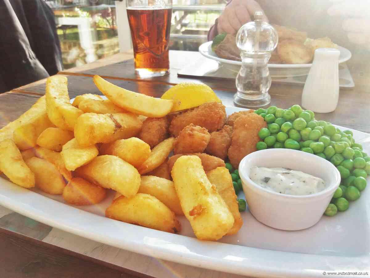 Review: The Fox & Hounds pub, Uffington