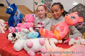 Nailsea pupils celebrate Christmas fair