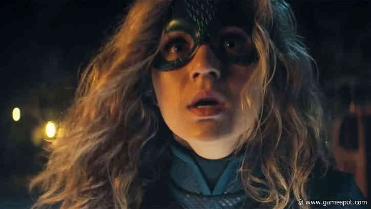 DC's Stargirl Gets Cosmic Origin Story In First Trailer From New Show