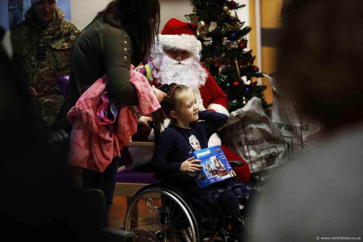Santa visits Oxford Children's Hospital