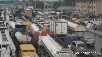 APAPA TRAFFIC GRIDLOCK: Lagos shippers mock FG's efforts