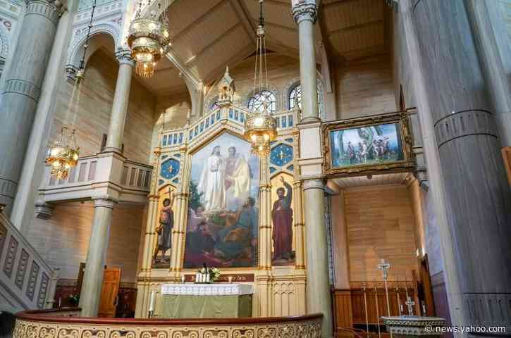 Gay altarpiece of original sin makes waves in Sweden