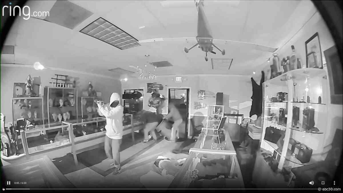 Masked burglars caught on camera hitting Fresno store, leaving clues