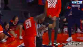 WATCH: Illinois freshman Kofi Cockburn accidentally hits official in the head while celebrating