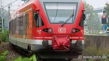 Lokführer stoppt Zug per Schnellbremsung - Elfjähriger im Gleis