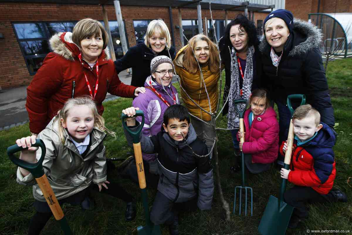 Orchards gifted to schools in Grassroots Bicester's latest project